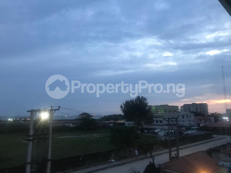 3 bedroom Flat / Apartment for shortlet Adeniyi Coker Street Victoria Island Lagos - 27