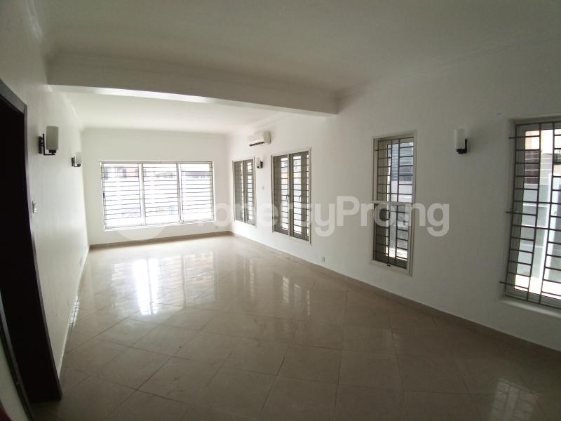 3 bedroom Flat / Apartment for rent ONIRU Victoria Island Lagos - 3