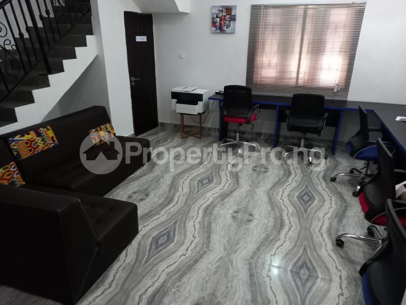 Desk Co working space for rent 21 Ngesi Ibrahim Tella Street, Oral Estate, Lekki , Lagos Oral Estate Lekki Lagos - 5
