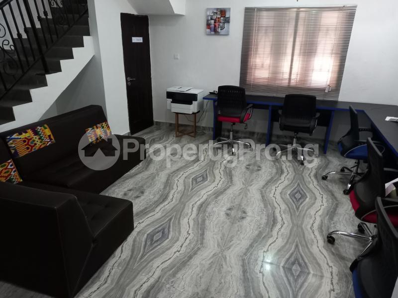 Desk Co working space for rent 21 Ngesi Ibrahim Tella Street, Oral Estate, Lekki , Lagos Oral Estate Lekki Lagos - 4