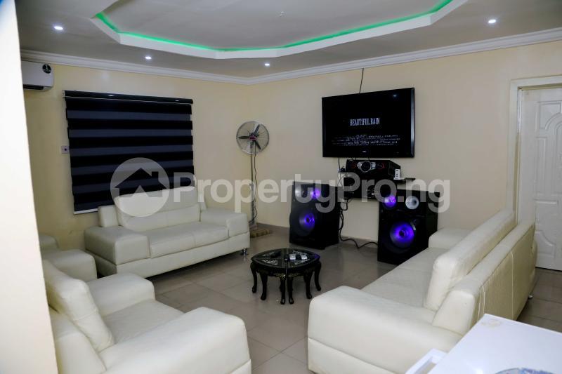 3 bedroom Studio Apartment for shortlet Owolaso Street, Papa Area Off Isebo Alakia Road Off New Ife Expressway Alakia Ibadan Oyo - 0