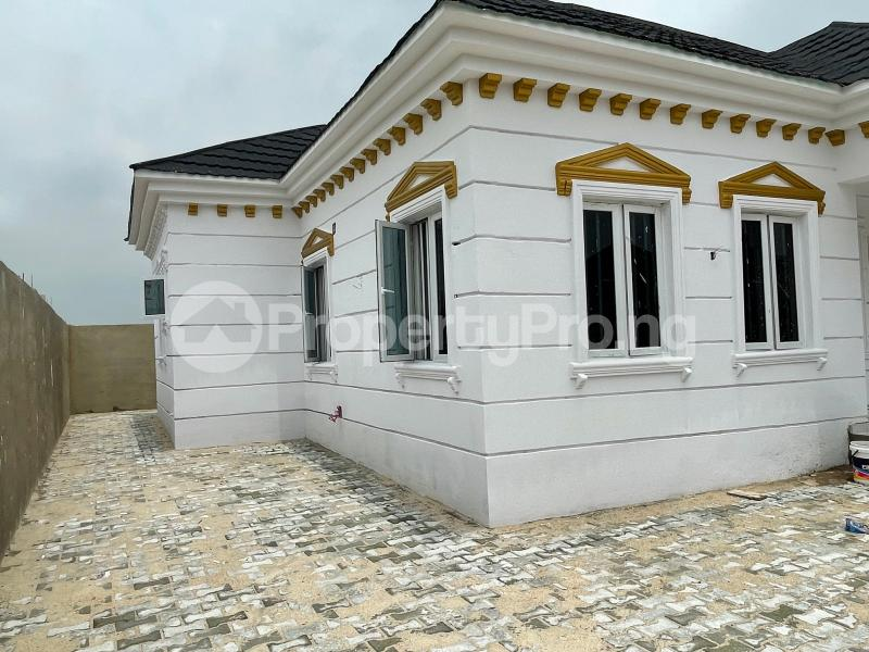 3 bedroom Detached Bungalow for sale Awoyaya Lekki Epe Express Way , De Castle Estate Awoyaya Ajah Lagos - 25