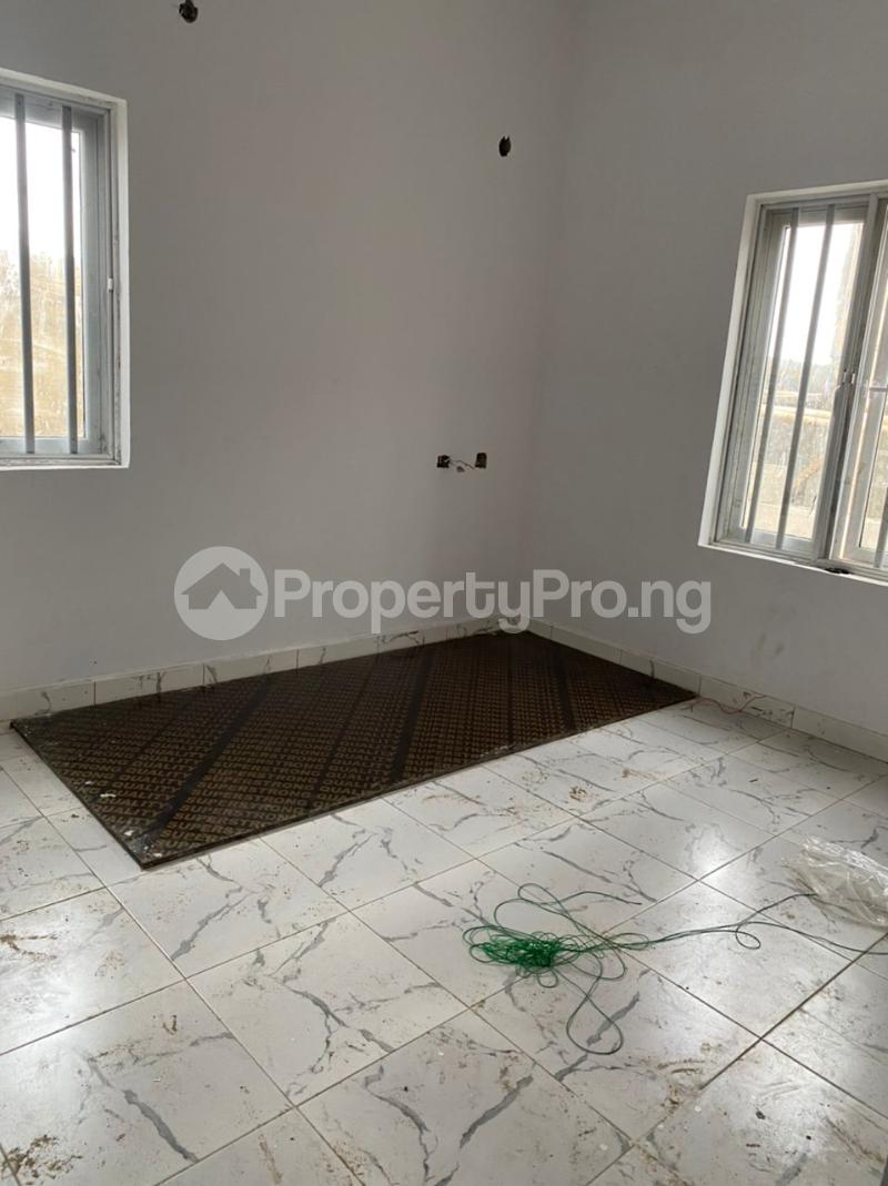 3 bedroom Detached Bungalow for sale Awoyaya Lekki Epe Express Way , De Castle Estate Awoyaya Ajah Lagos - 37