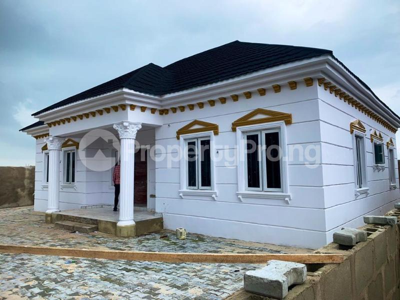 3 bedroom Detached Bungalow for sale Awoyaya Lekki Epe Express Way , De Castle Estate Awoyaya Ajah Lagos - 29