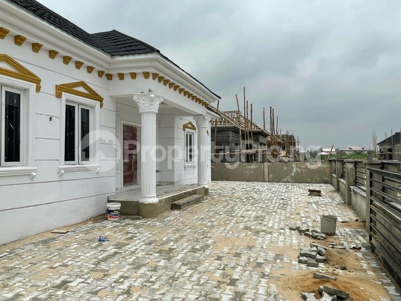 3 bedroom Detached Bungalow for sale Awoyaya Lekki Epe Express Way , De Castle Estate Awoyaya Ajah Lagos - 24