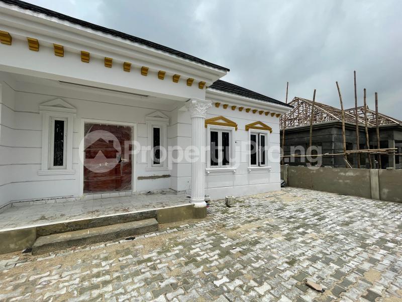 3 bedroom Detached Bungalow for sale Awoyaya Lekki Epe Express Way , De Castle Estate Awoyaya Ajah Lagos - 21