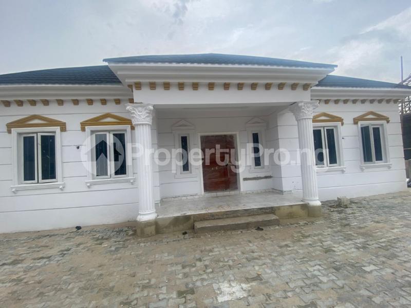3 bedroom Detached Bungalow for sale Awoyaya Lekki Epe Express Way , De Castle Estate Awoyaya Ajah Lagos - 26