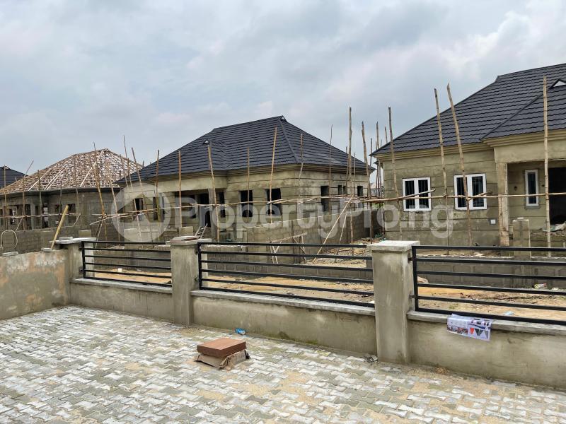 3 bedroom Detached Bungalow for sale Awoyaya Lekki Epe Express Way , De Castle Estate Awoyaya Ajah Lagos - 36
