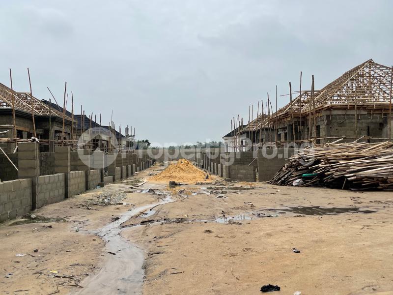 3 bedroom Detached Bungalow for sale Awoyaya Lekki Epe Express Way , De Castle Estate Awoyaya Ajah Lagos - 32