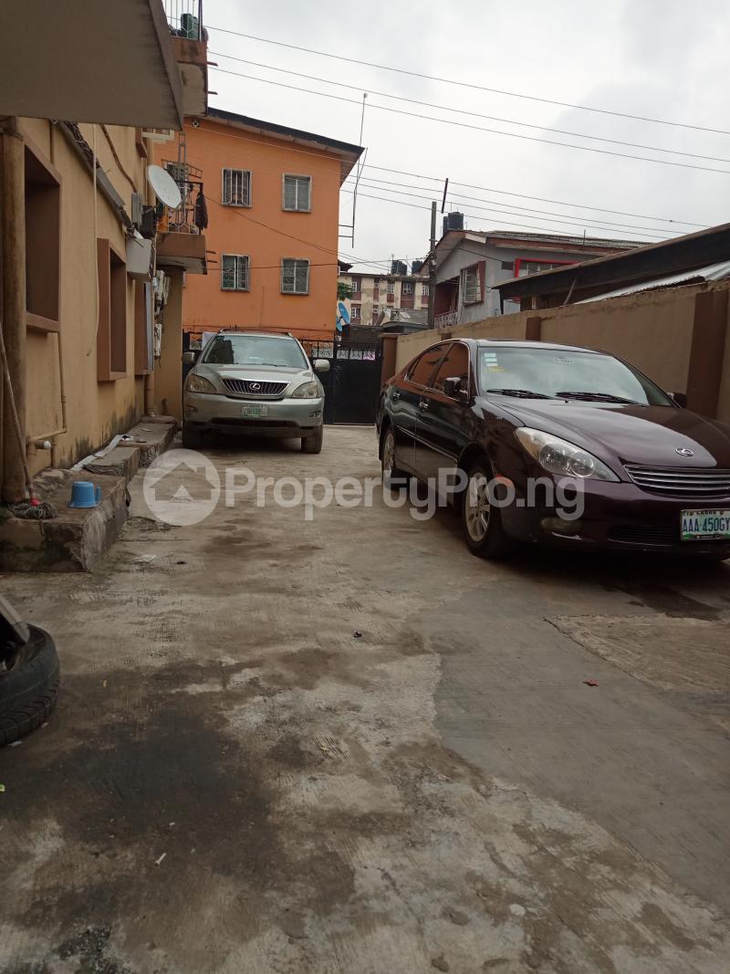2 bedroom Flat / Apartment for rent Onike Onike Yaba Lagos - 5