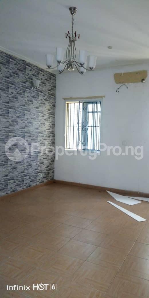 2 bedroom Blocks of Flats House for rent Atunrase Medina Gbagada Lagos - 2