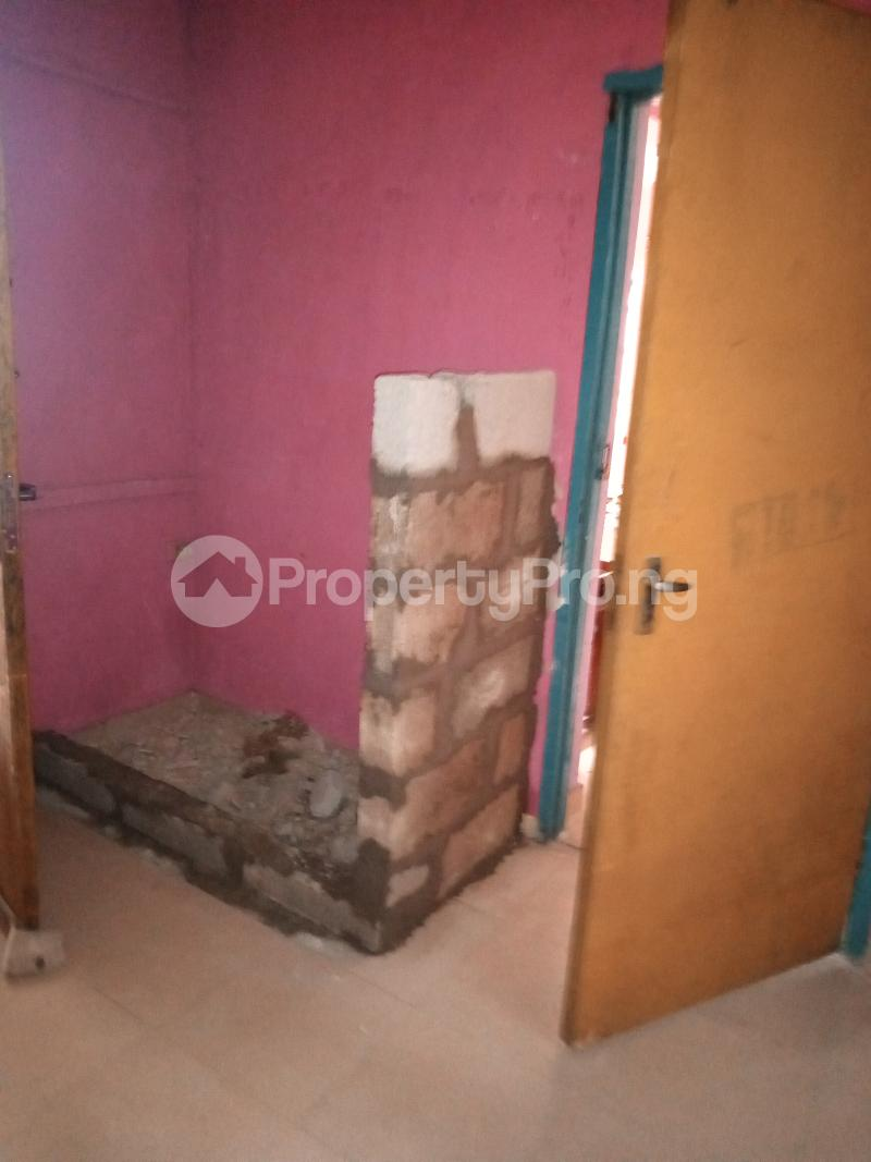 2 bedroom Self Contain Flat / Apartment for rent Biola st Off Oriola street Alapere Alapere Kosofe/Ikosi Lagos - 3