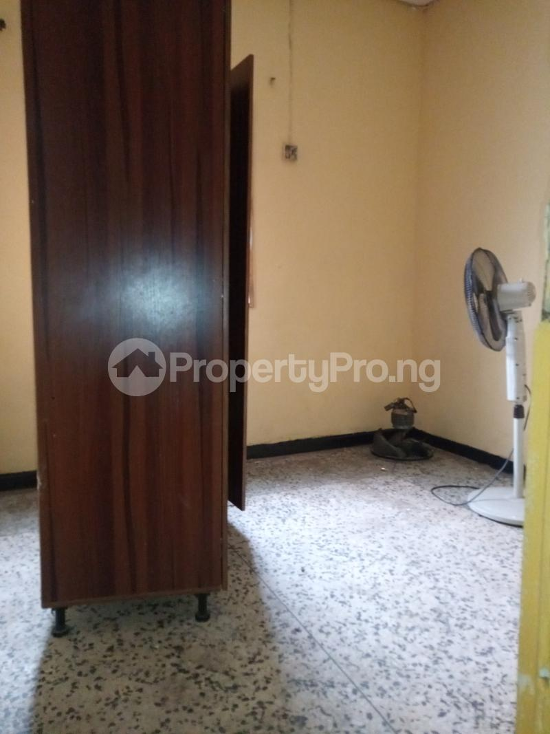 2 bedroom Flat / Apartment for rent Onike Onike Yaba Lagos - 3