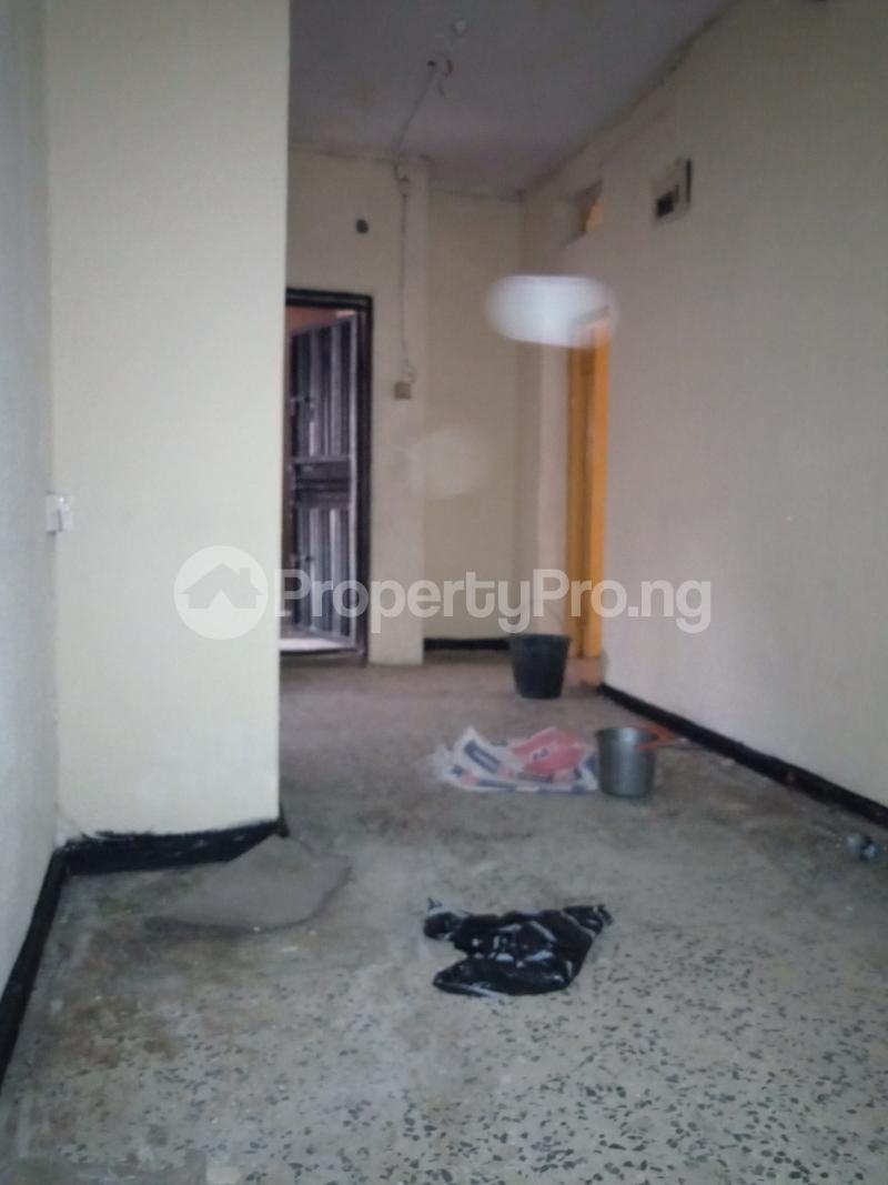 2 bedroom Flat / Apartment for rent Onike Onike Yaba Lagos - 1