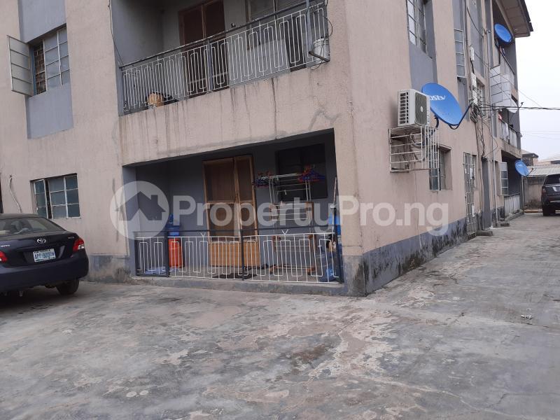 2 bedroom Flat / Apartment for rent Deeper Life Soluyi Gbagada Lagos - 12