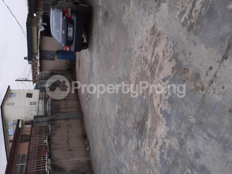 2 bedroom Flat / Apartment for rent Deeper Life Soluyi Gbagada Lagos - 5