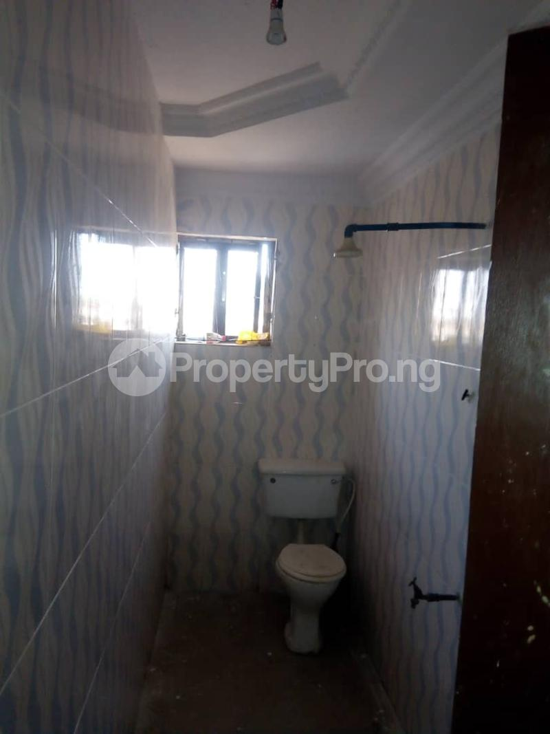 2 bedroom Blocks of Flats House for rent 2nd gate Airport. Alakia Ibadan Oyo - 8