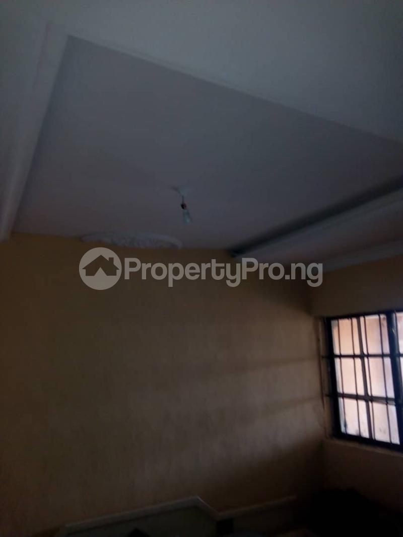 2 bedroom Blocks of Flats House for rent 2nd gate Airport. Alakia Ibadan Oyo - 7