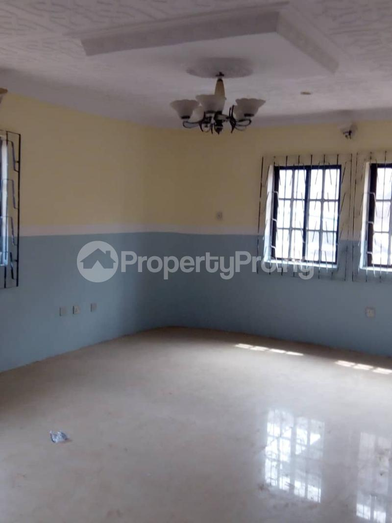 2 bedroom Blocks of Flats House for rent 2nd gate Airport. Alakia Ibadan Oyo - 6
