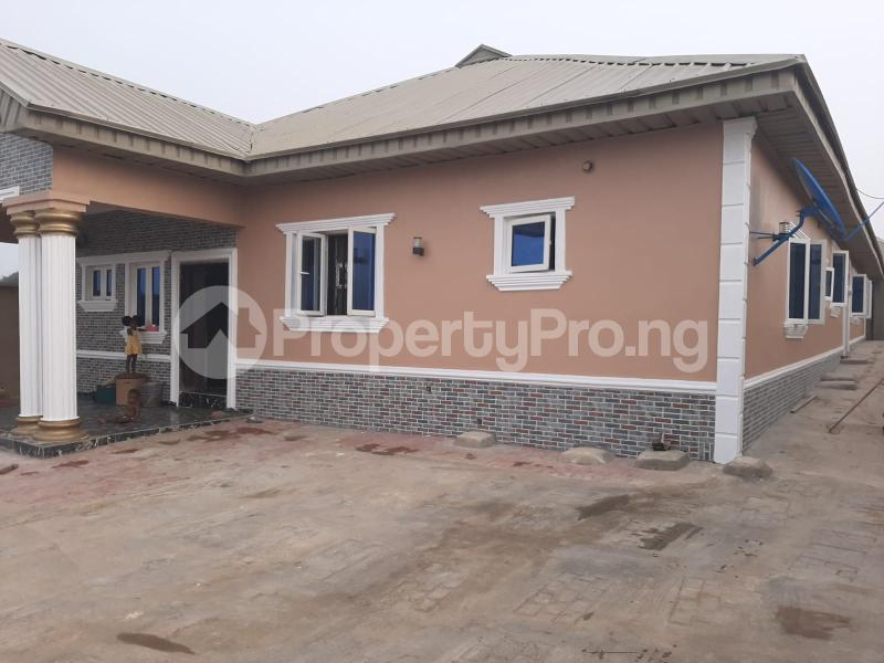 2 bedroom Blocks of Flats House for rent Itesiwaju Estate Wire and cable  Apata Ibadan Oyo - 0