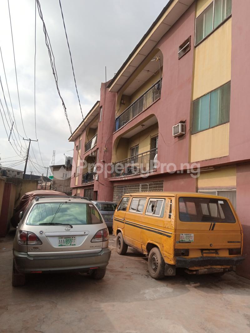 3 bedroom Self Contain Flat / Apartment for rent Adepitan street off Oluwakemi street Alapere Alapere Kosofe/Ikosi Lagos - 2