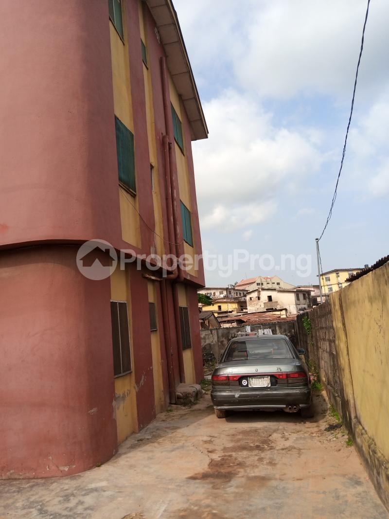 3 bedroom Self Contain Flat / Apartment for rent Adepitan street off Oluwakemi street Alapere Alapere Kosofe/Ikosi Lagos - 1