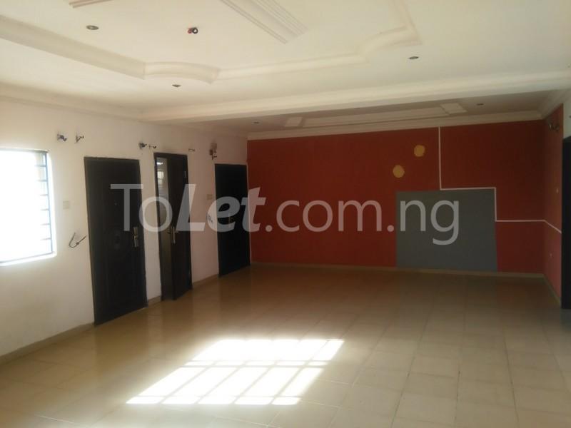 3 bedroom Flat / Apartment for rent APOSTHOLIC ROAD  Anthony Village Maryland Lagos - 0