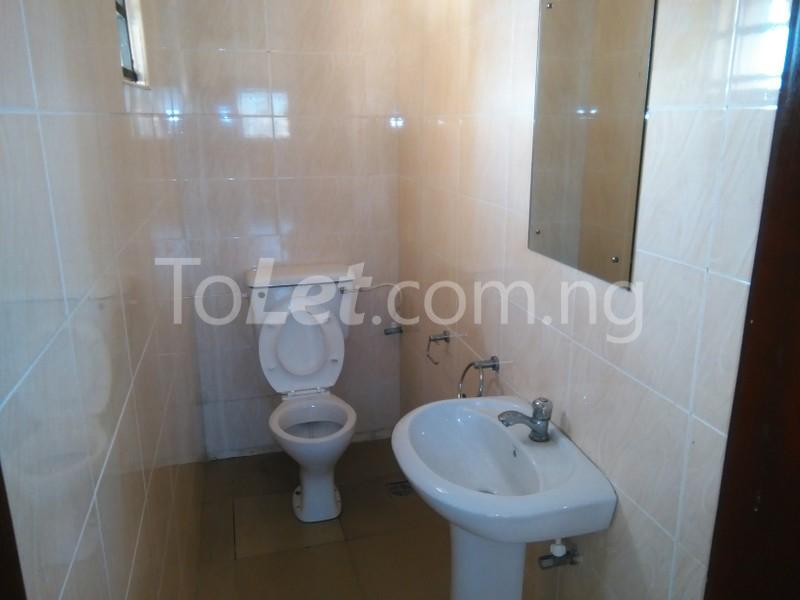 3 bedroom Flat / Apartment for rent APOSTHOLIC ROAD  Anthony Village Maryland Lagos - 7