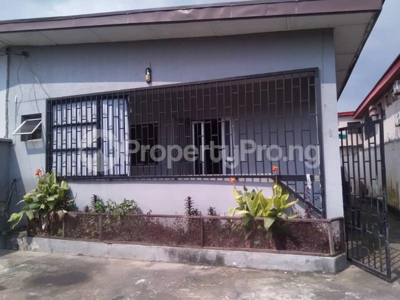 3 bedroom Detached Bungalow for rent Gra Phase 2 Gbagada Lagos - 4