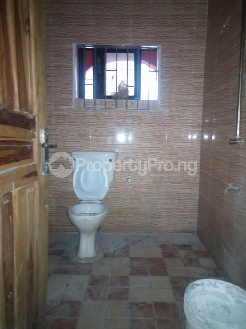 3 bedroom Flat / Apartment for rent Folagoro Fola Agoro Yaba Lagos - 8