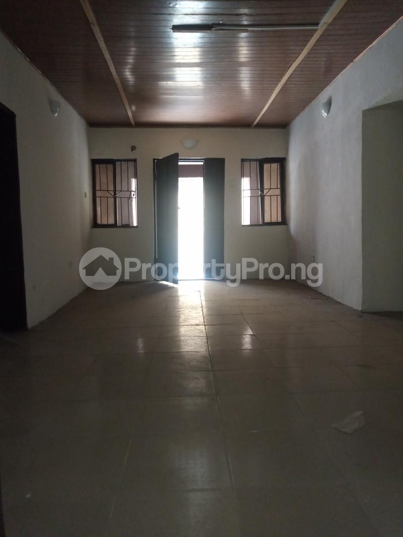 3 bedroom Flat / Apartment for rent Akoka Akoka Yaba Lagos - 3
