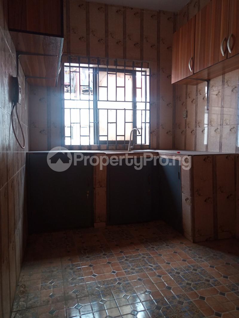 3 bedroom Flat / Apartment for rent Folagoro Fola Agoro Yaba Lagos - 9