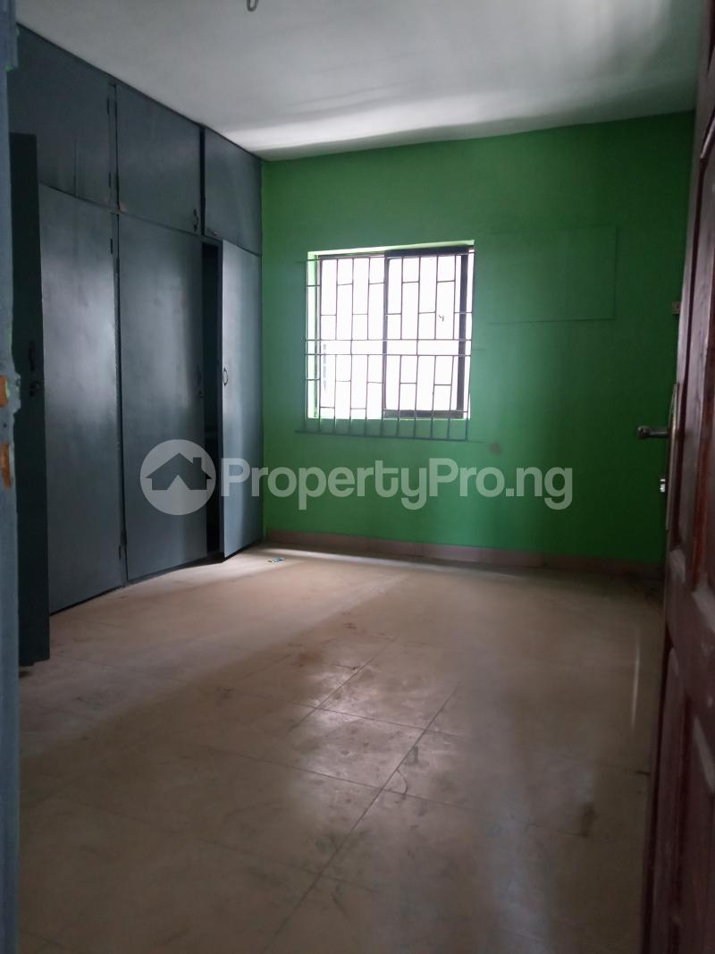 3 bedroom Flat / Apartment for rent Off Bajulaiye Fola Agoro Yaba Lagos - 1