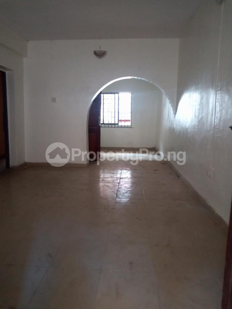 3 bedroom Flat / Apartment for rent Off Bajulaiye Fola Agoro Yaba Lagos - 4