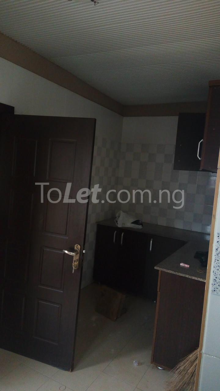 3 bedroom Flat / Apartment for rent   Egbeda Alimosho Lagos - 5