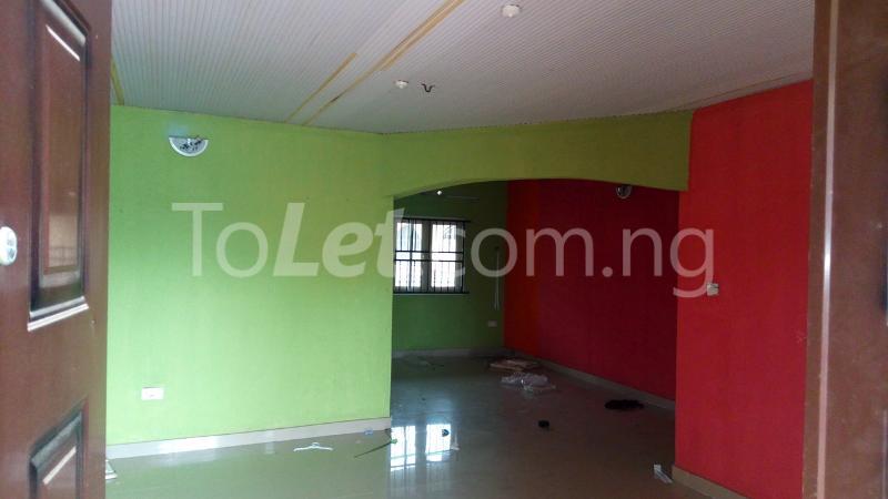 3 bedroom Flat / Apartment for rent   Egbeda Alimosho Lagos - 7