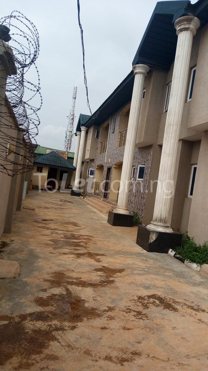 3 bedroom Flat / Apartment for rent   Egbeda Alimosho Lagos - 1