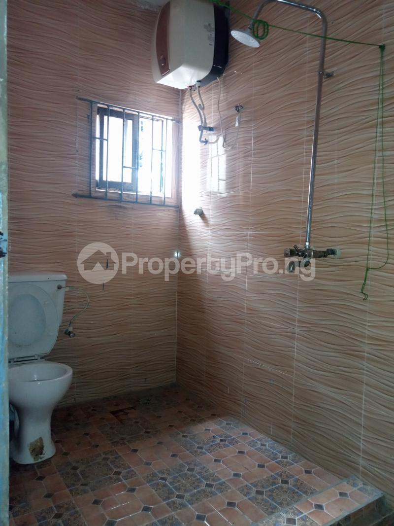 3 bedroom Flat / Apartment for rent Off Bajulaiye Fola Agoro Yaba Lagos - 3