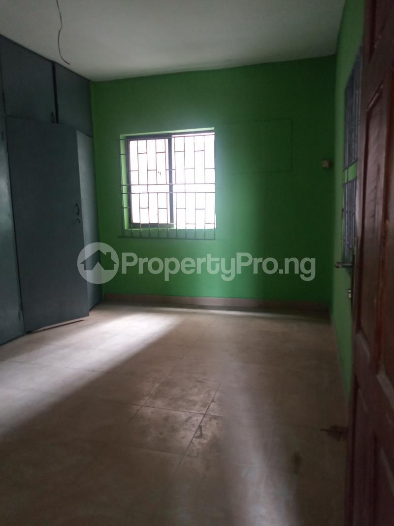 3 bedroom Flat / Apartment for rent Folagoro Fola Agoro Yaba Lagos - 3