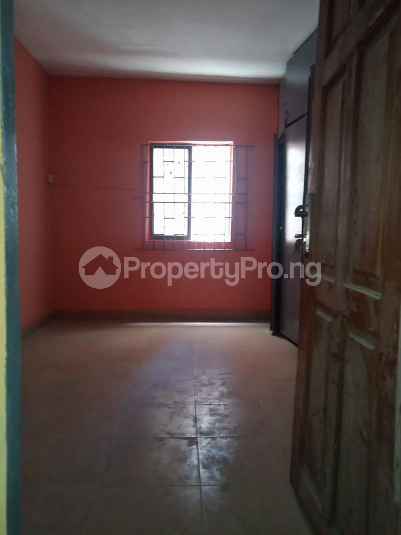 3 bedroom Flat / Apartment for rent Off Bajulaiye Fola Agoro Yaba Lagos - 7