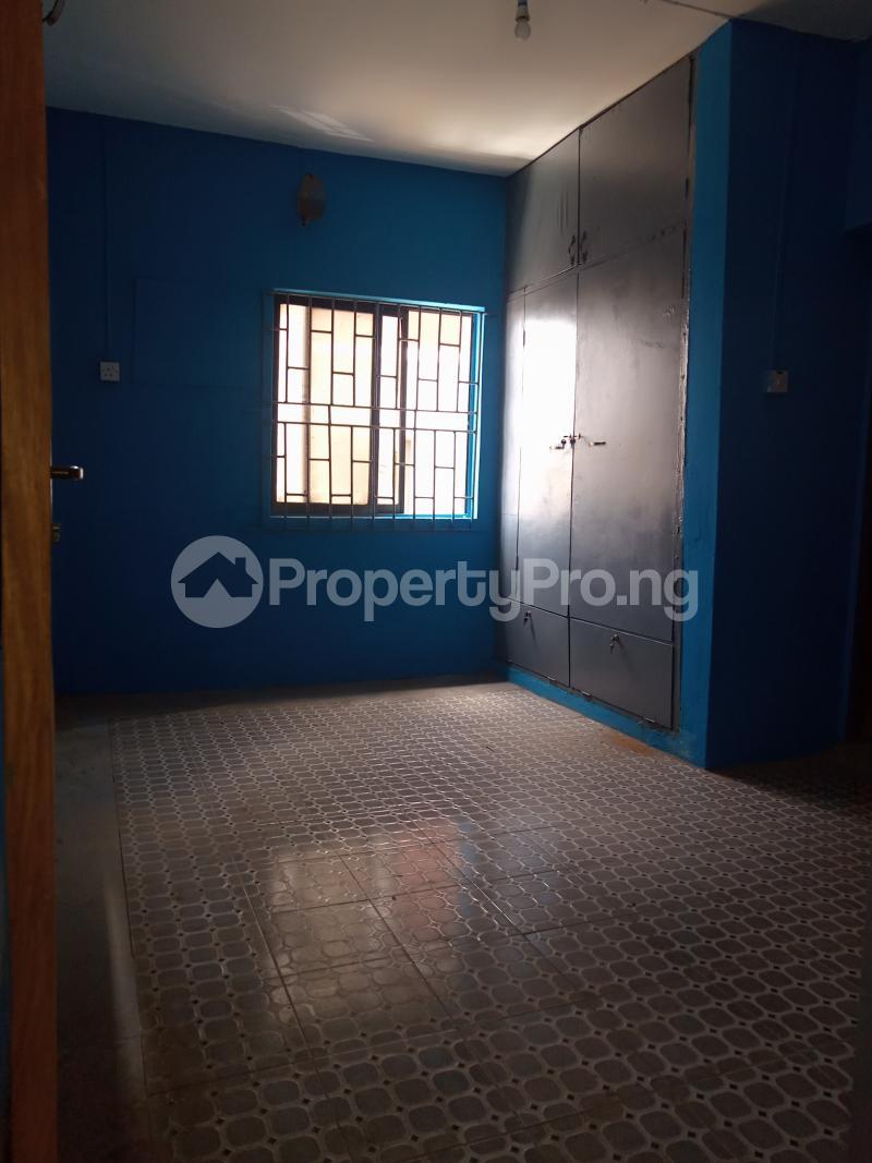 3 bedroom Flat / Apartment for rent Off Bajulaiye Fola Agoro Yaba Lagos - 0