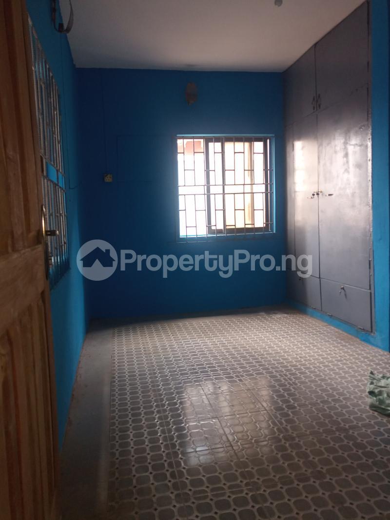 3 bedroom Flat / Apartment for rent Folagoro Fola Agoro Yaba Lagos - 6