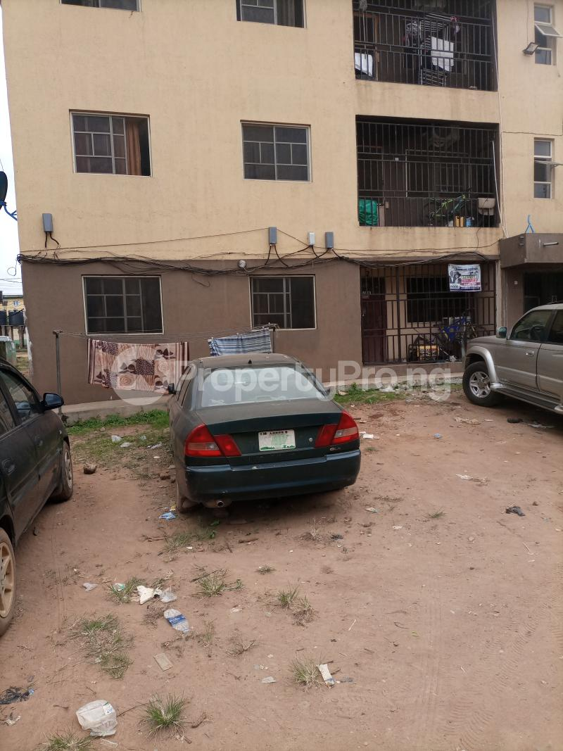3 bedroom Blocks of Flats for sale Jakande Estate Abesan Ipaja Lagos Ipaja Ipaja Lagos - 1