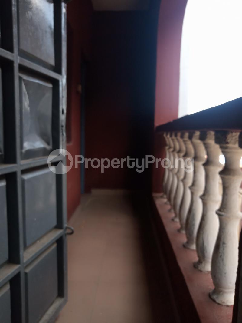 3 bedroom Flat / Apartment for rent Off Bajulaiye Fola Agoro Yaba Lagos - 5