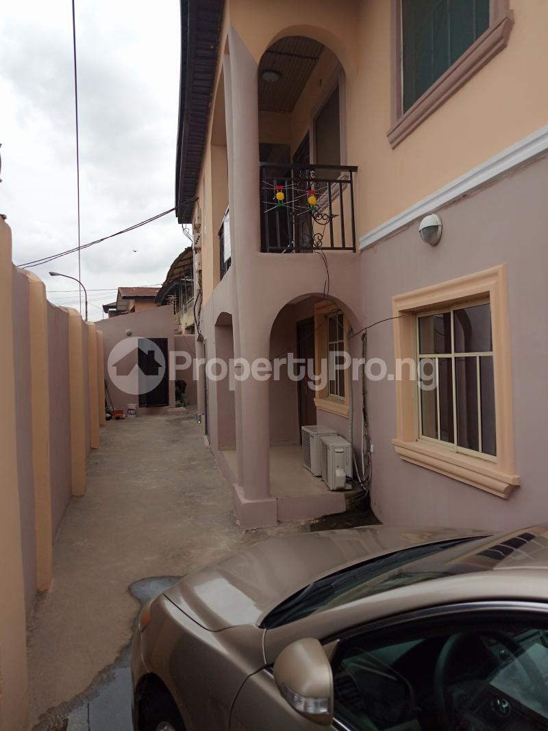 3 bedroom Flat / Apartment for rent Palmgroove Coker Road Ilupeju Lagos - 4