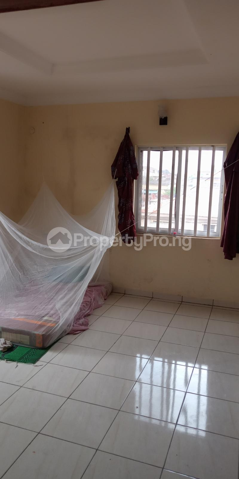 3 bedroom Flat / Apartment for rent Alagomeji Alagomeji Yaba Lagos - 6