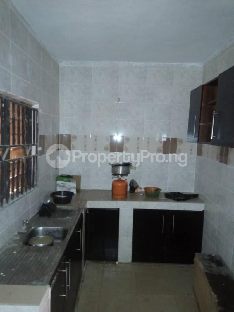 3 bedroom Blocks of Flats House for rent Idi Ape Ibadan Oyo - 3