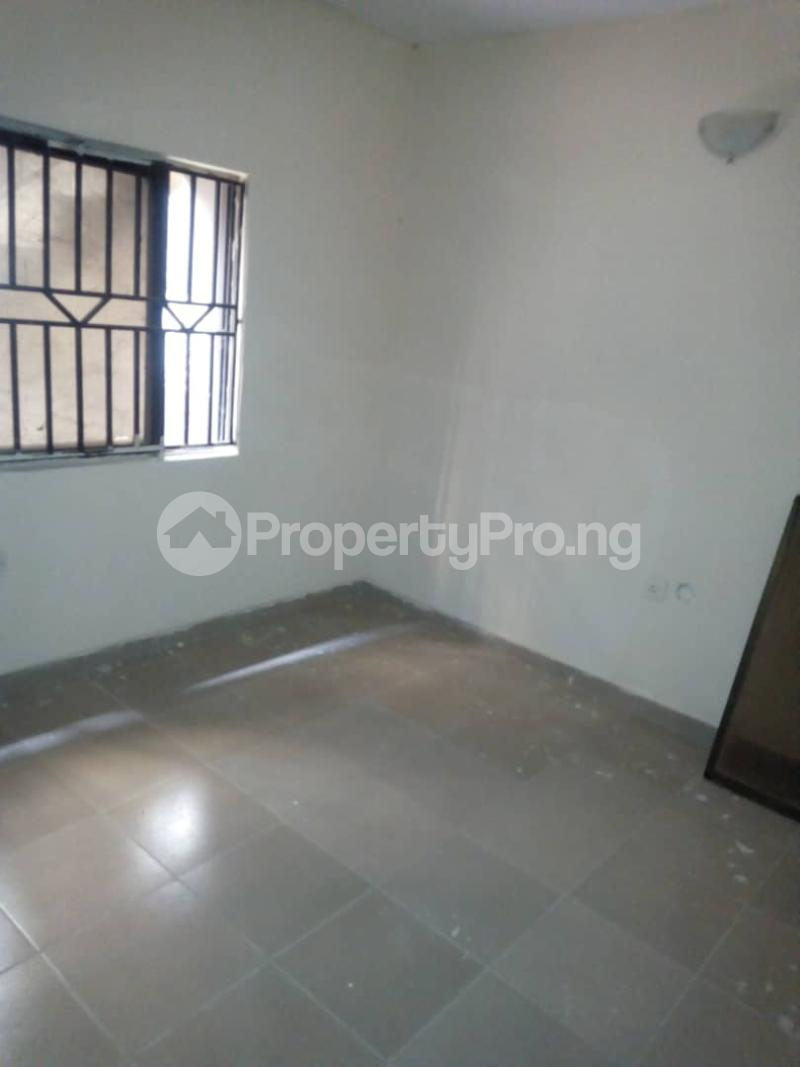 3 bedroom Blocks of Flats House for rent Idi Ape Ibadan Oyo - 4
