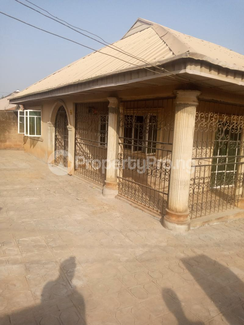 3 bedroom Detached Bungalow House for rent Arapaja Odo ona Ibadan Oyo - 1