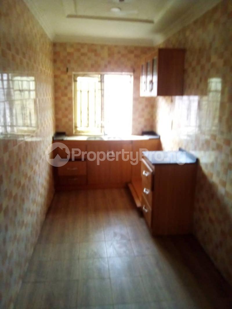 3 bedroom Blocks of Flats House for rent 1st Richbam Akala express  Akala Express Ibadan Oyo - 2